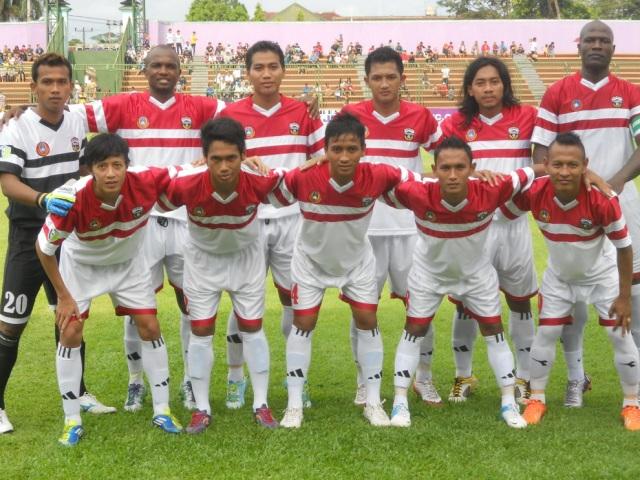 Jersey Persibangga Divisi Utama 2014